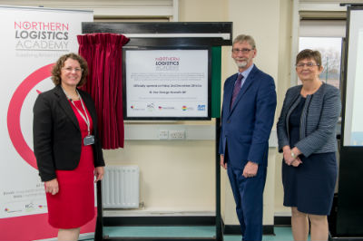 Pictured (l-r): Anne Pryer, Rt Hon George Howarth MP, Jette Burford unveil the plaque at launch